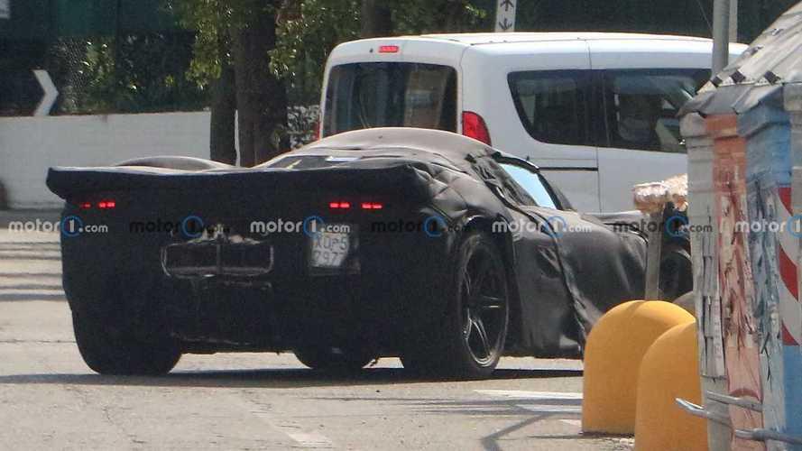 Yeni Ferrari Icona, casuslarımızdan kaçamadı