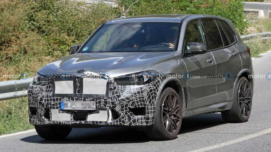 BMW X5 M Facelift Spied Hiding Redesigned Grille, New Headlights
