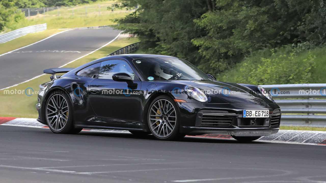 Photo espion Porsche 911 hybride