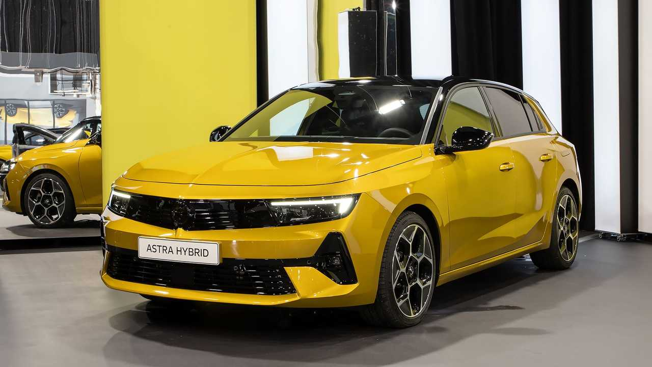 Opel Astra 2021 live