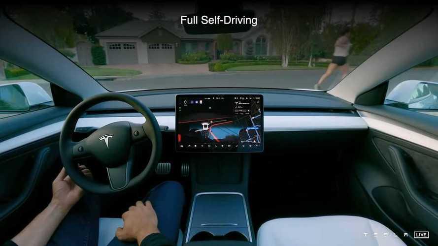Tesla AI Day: le nostre auto pensano come un essere vivente