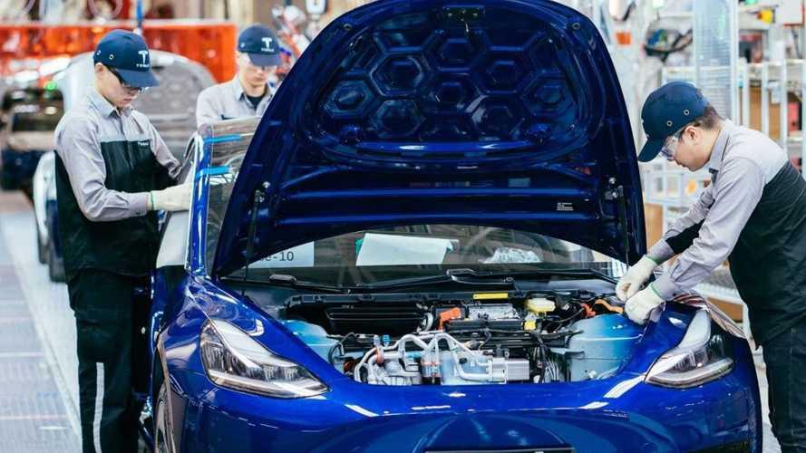 China tem fábricas de carros elétricos demais, diz governo