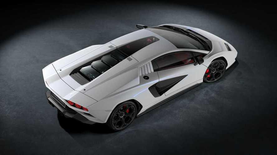 Lamborghini Countach è tornata: look pazzesco e V12 elettrificato