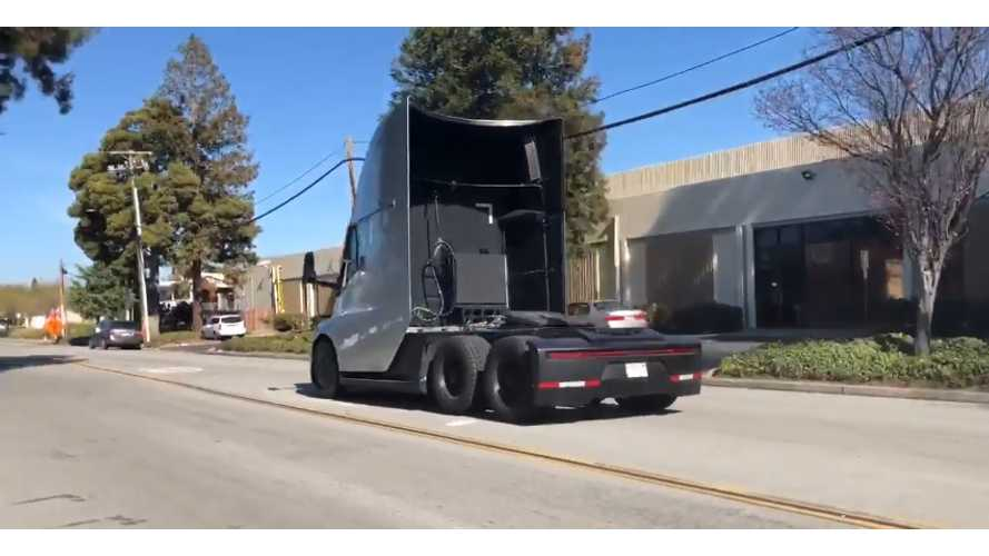 Tesla Semi Smokes Its Tires Under Acceleration - Video