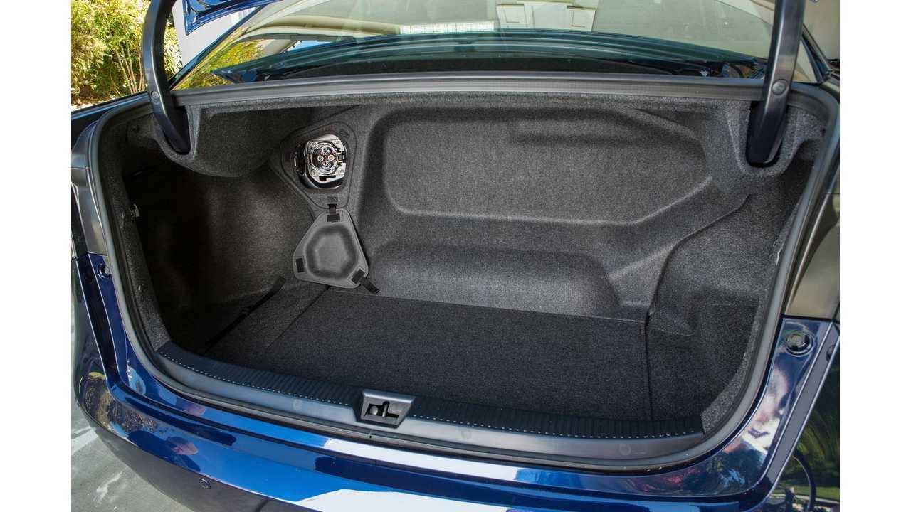 Toyota Mirai - CHAdeMO in the trunk