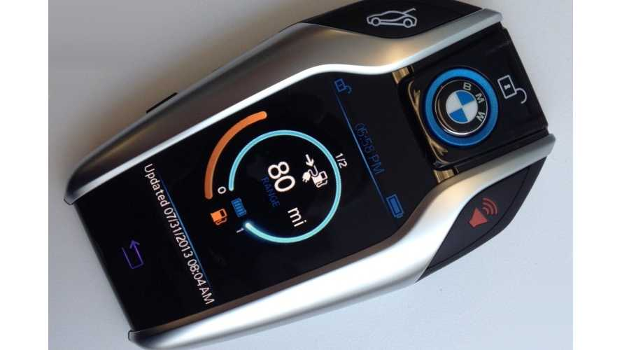 BMW Introduces i8 Touchscreen Key Fob