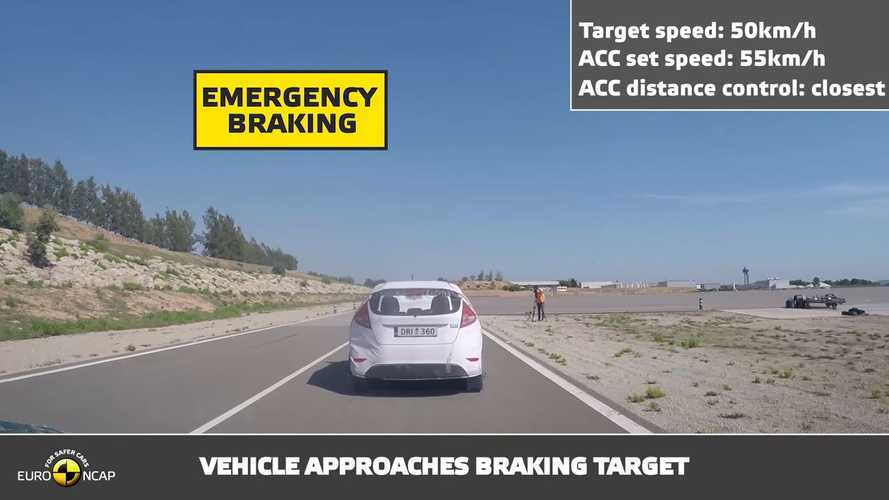 Watch Euro NCAP Nissan LEAF ProPilot Test Video
