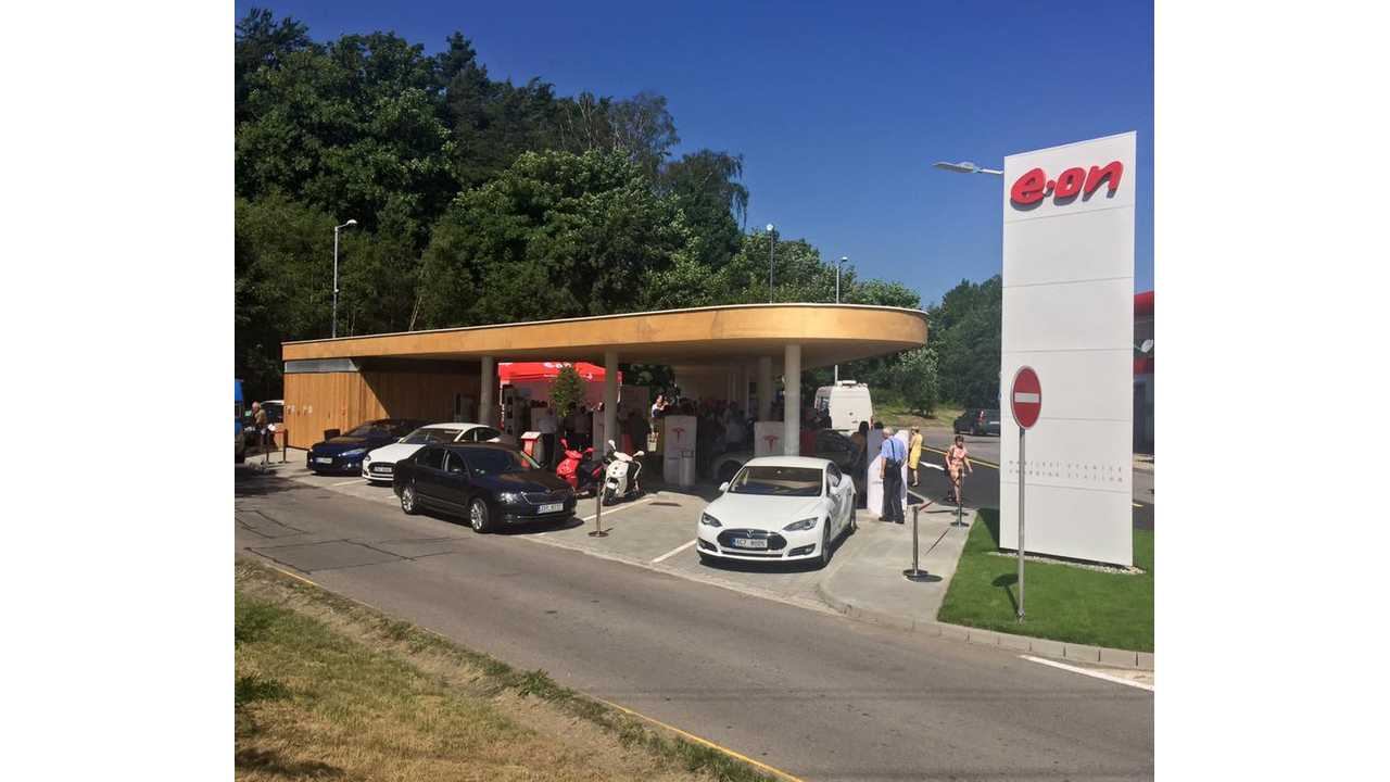 Tesla Supercharger in Czech Republic (at E.ON charging station)