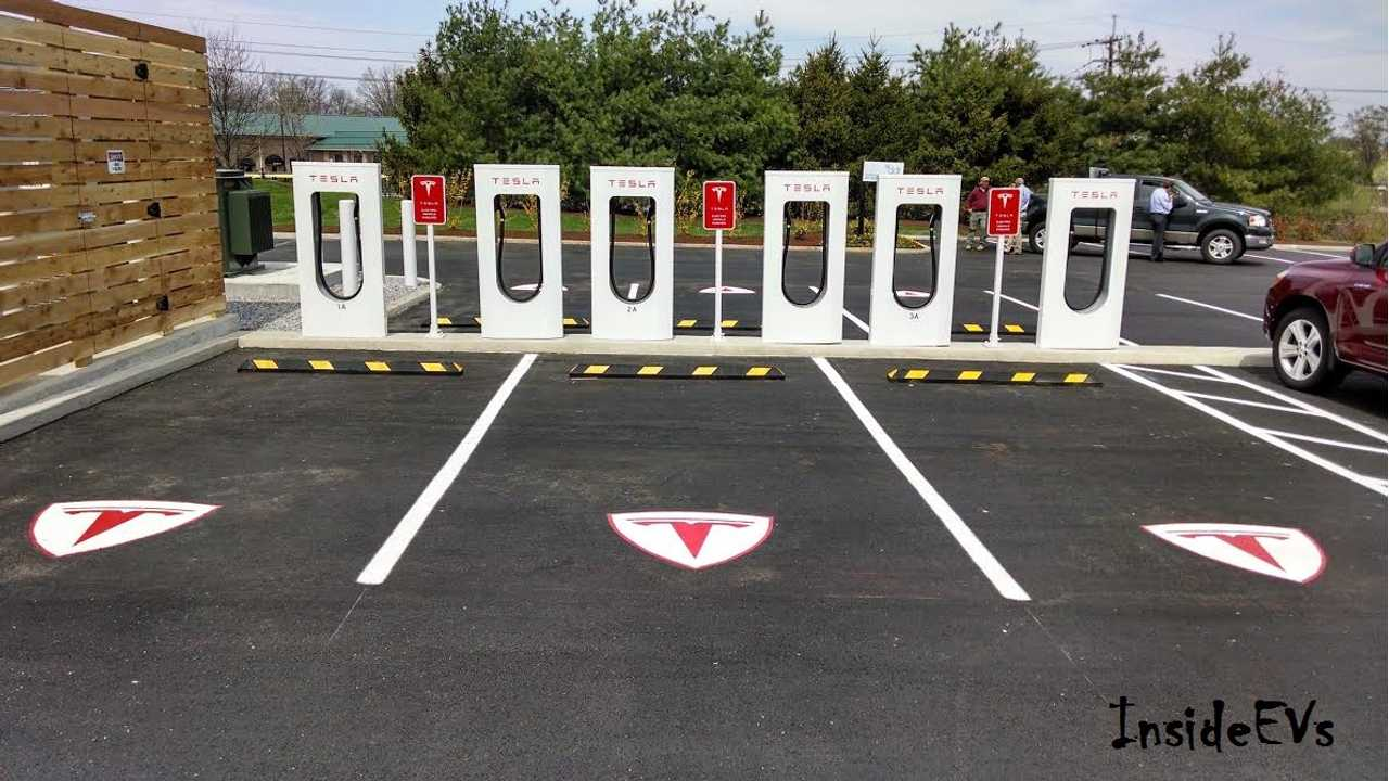 BREAKING: Tesla Supercharger Points Surpass CHAdeMO In North America
