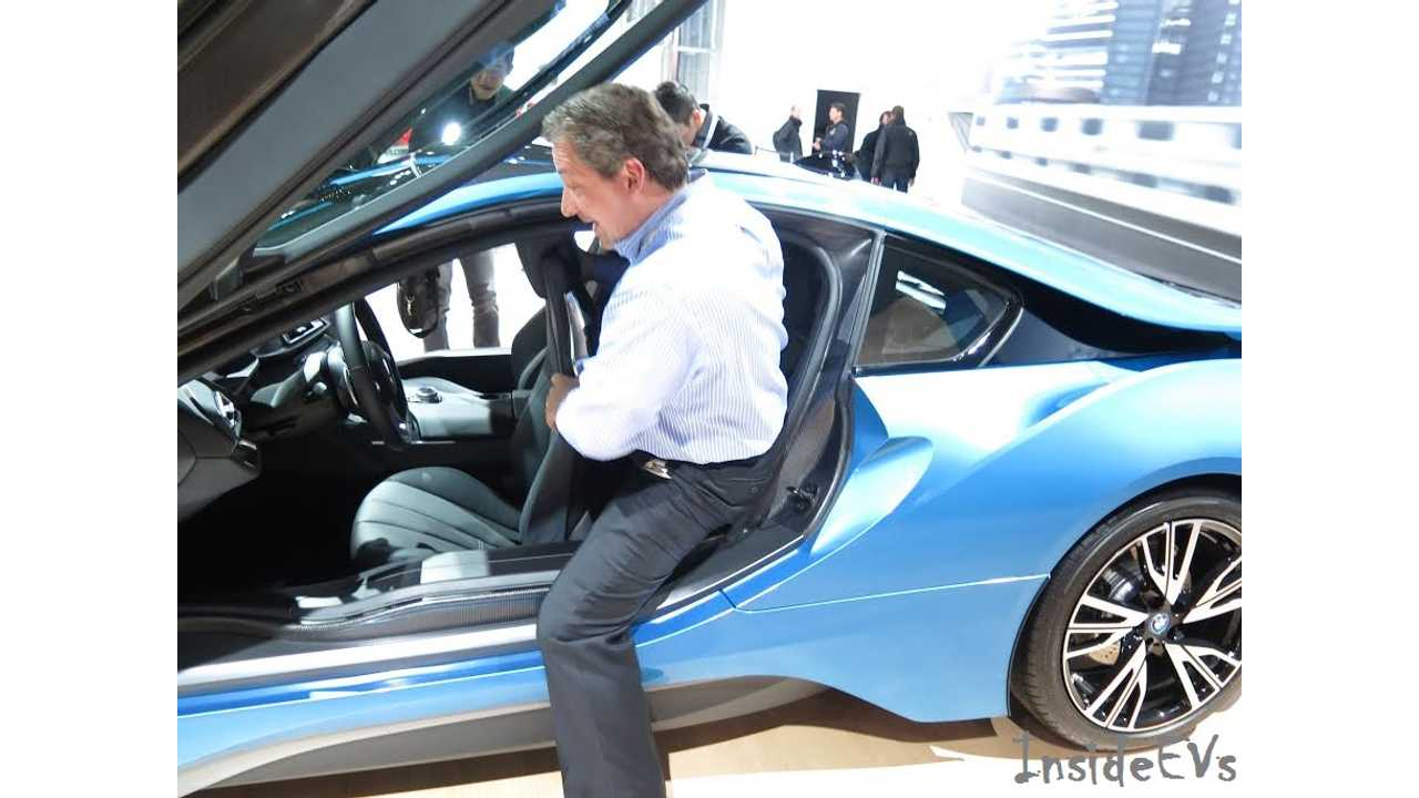 2015 BMW i8 2014 NYAS back seat 1