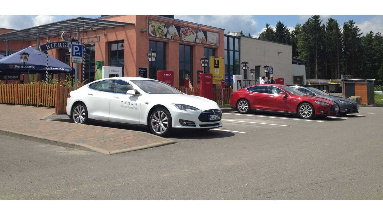 Tesla Plans To Have Almost 50 Superchargers In Germany By The End Of 2015, Covering 100% Of The Population