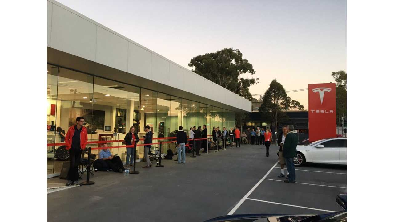 Like well, everywhere....a line formes last Spring for Tesla to take Model 3 reservations