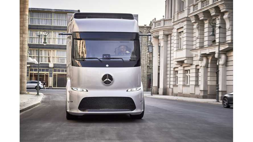 Mercedes-Benz Urban eTruck Rated At 124 Miles Of Range