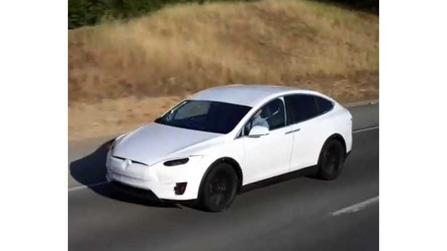 Tesla: Model X First Deliveries Still On Track For Mid 2015