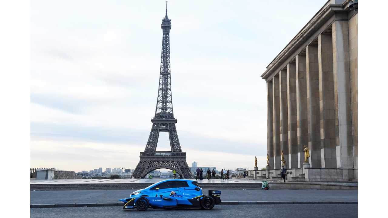 Paris Will Ban All Gas Cars By 2030, Diesel By 2024