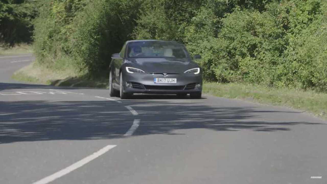 Top Gear's Chris Harris Drives Tesla Model S P100D - Video