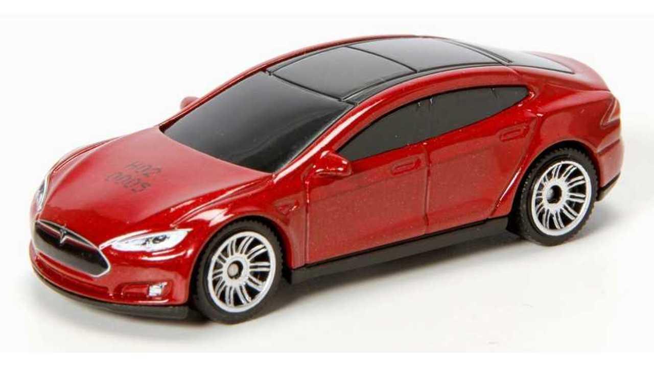 Matchbox & Hot Wheels Tesla Model S Review