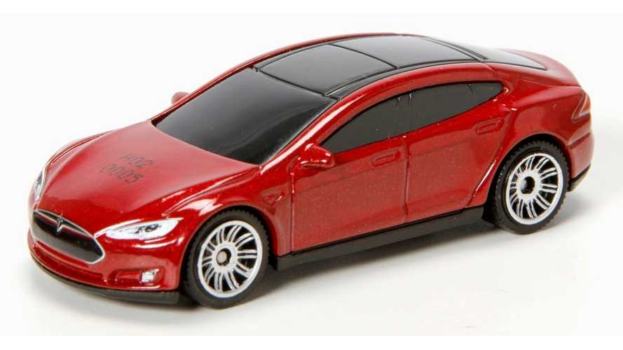 Matchbox & Hot Wheels Tesla Model S Review