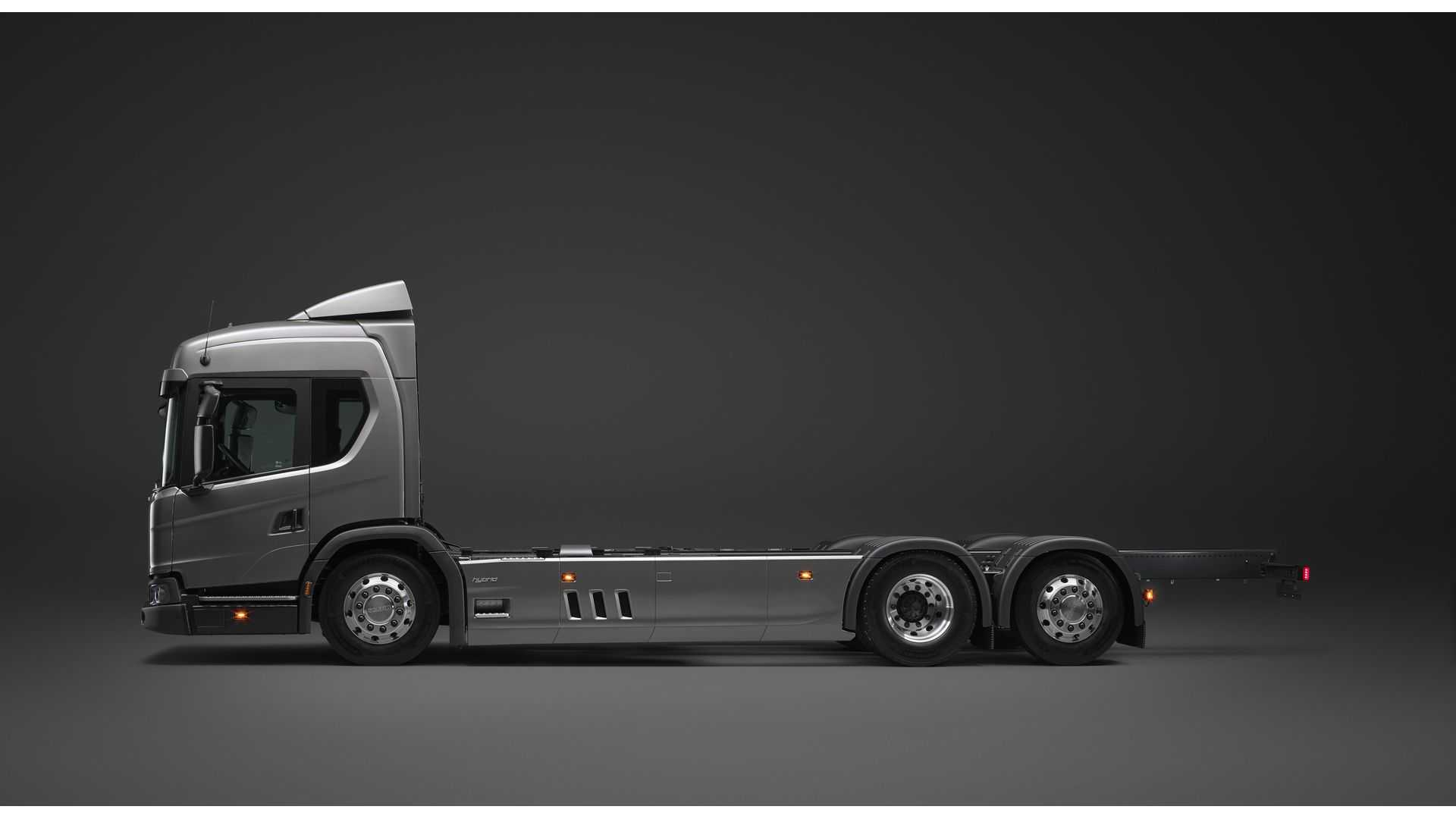 Scania Presents New L 320 6x2 Truck In PHEV Version