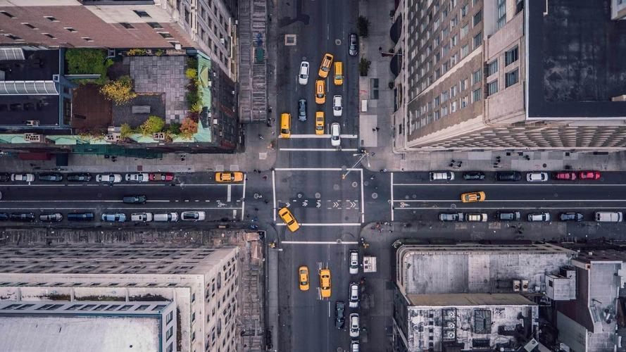 Автосалон в Нью-Йорке