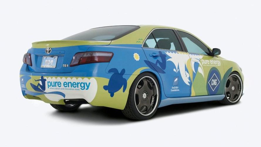 Toyota Surfrider Camry Hybrid CNG