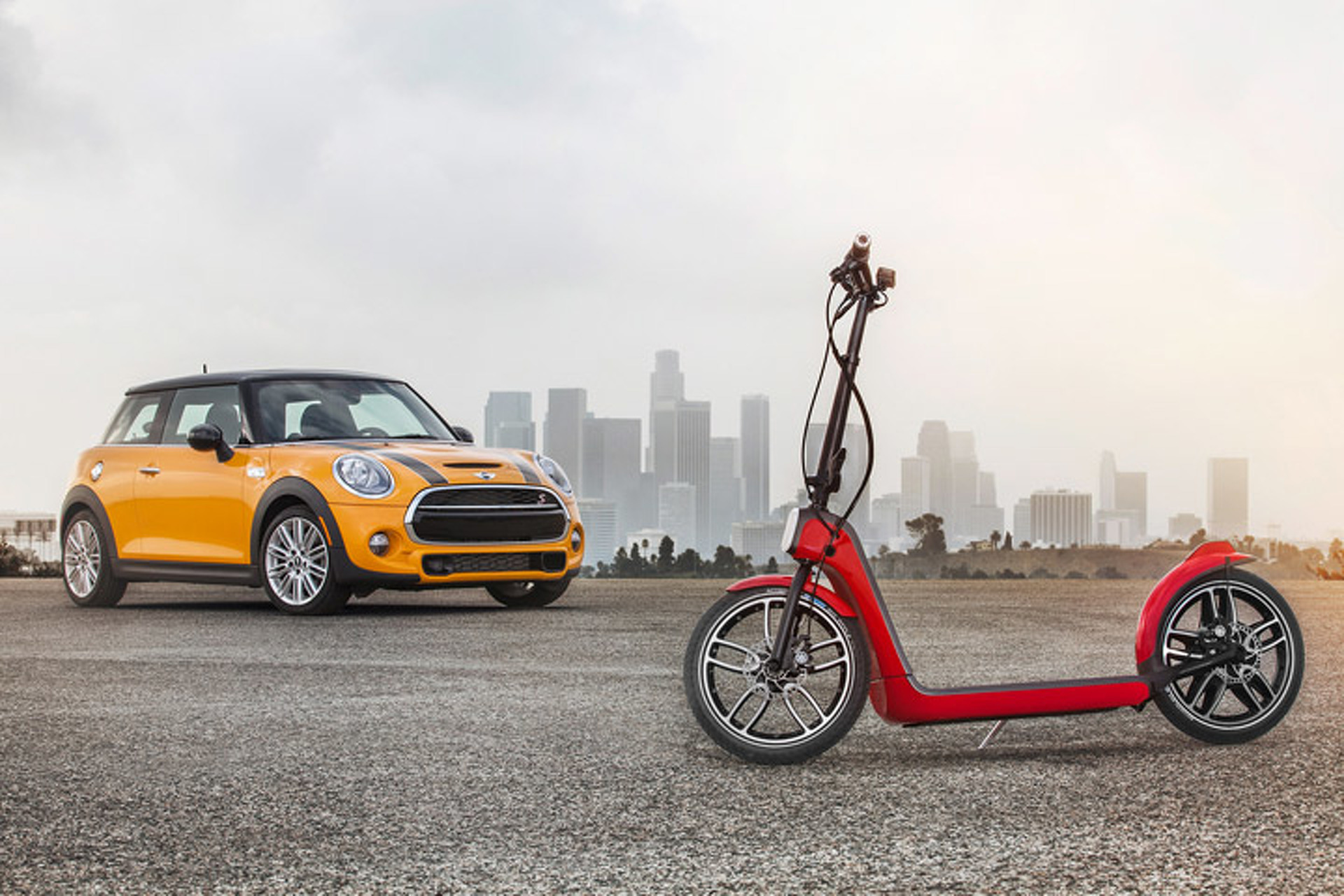 Mini Citysurfer Electric Scooter is a Range Extender for your Feet