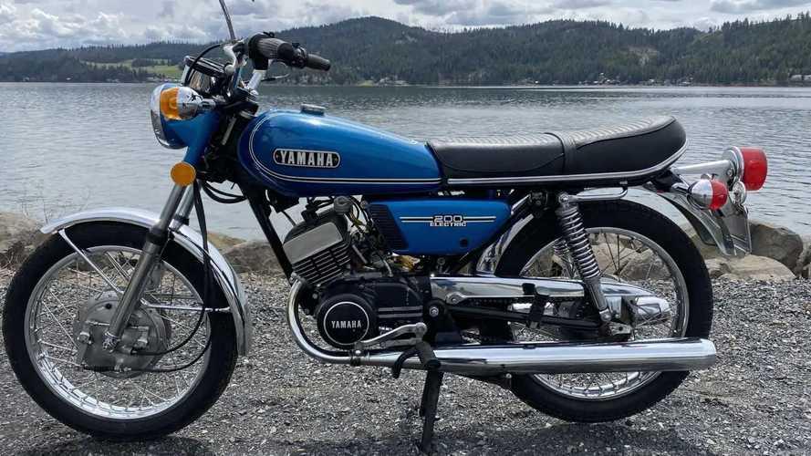 1974 Yamaha RD200A