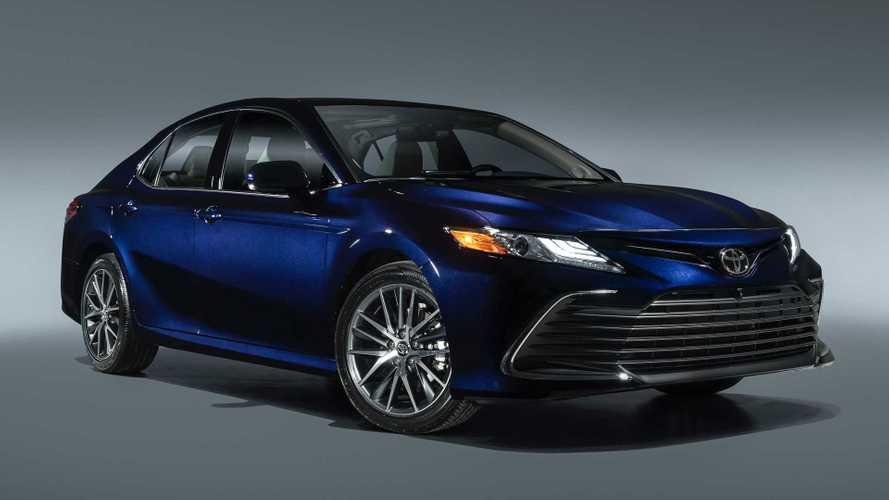 В Toyota уверены в светлом будущем седанов