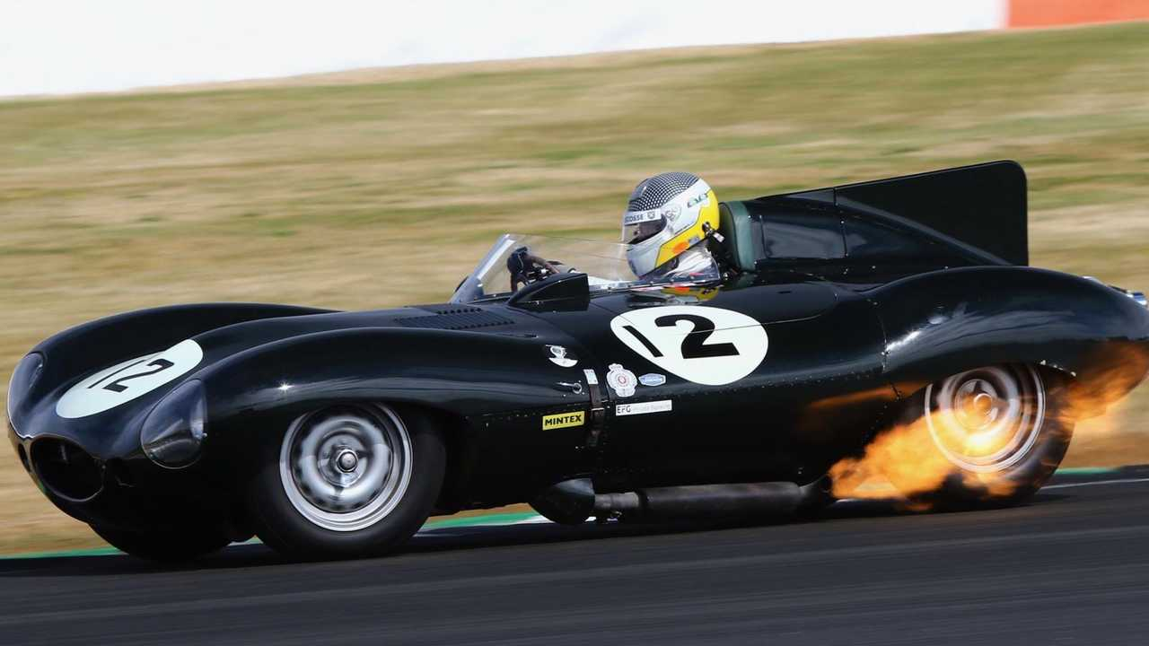 Silverstone Classic offers prizes for early bird ticket buyers