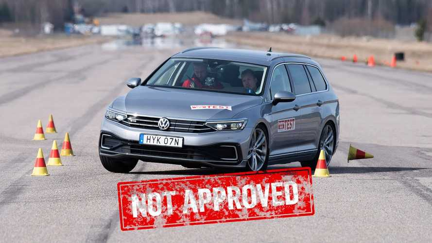 Watch Two Big Euro PHEV Wagons Perform Poorly In The Moose Test
