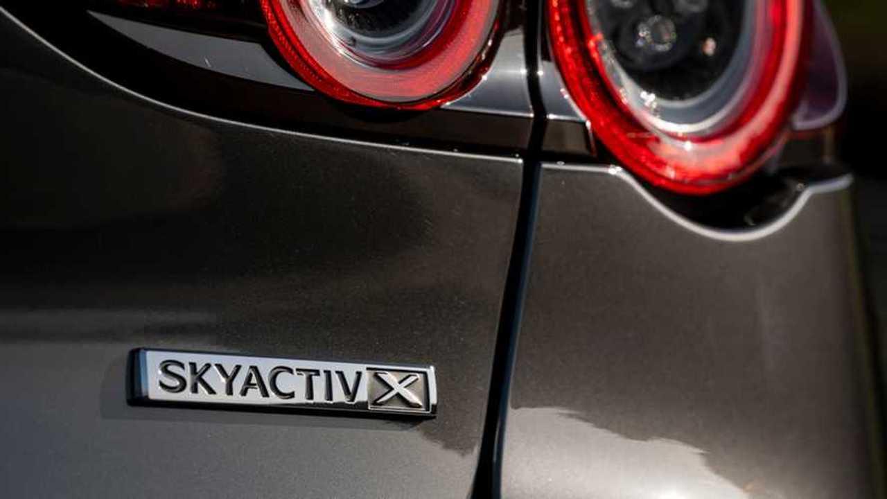 Mazda SkyActiv-X SlideShow