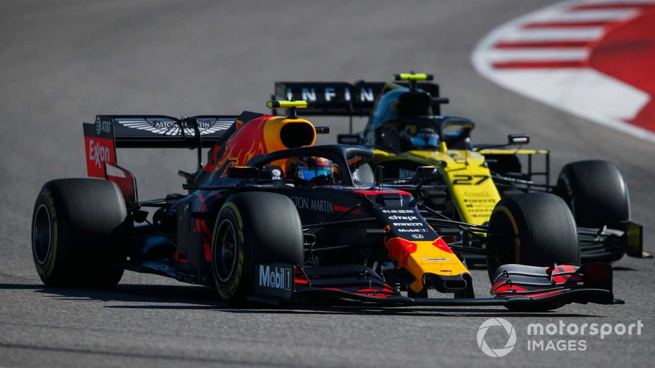 Alex Albon leads Nico Hulkenberg at US GP 2019