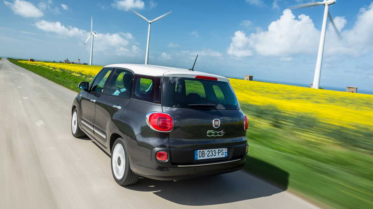 8 место – Fiat 500L Living: 4352 мм в длину