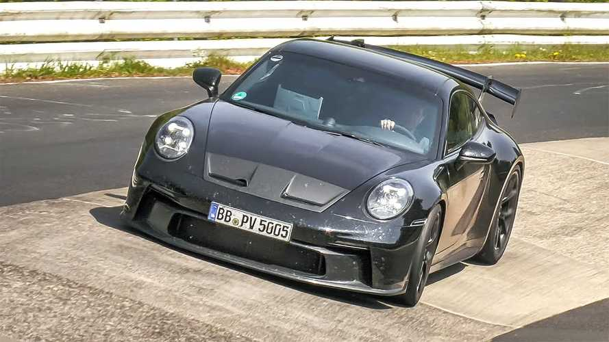 See the new Porsche 911 GT3 and GT3 Touring in action at the 'Ring