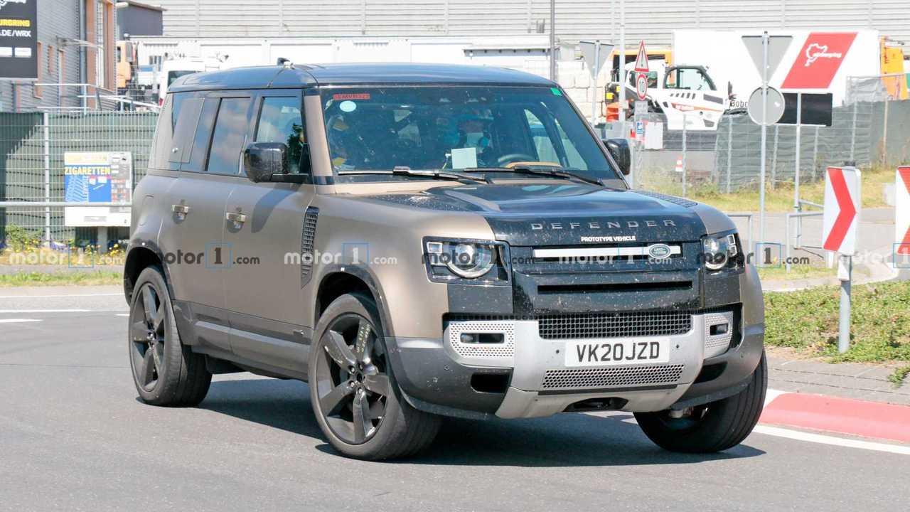 Land Rover Defender V8 Spy Fotók elülső 3/4