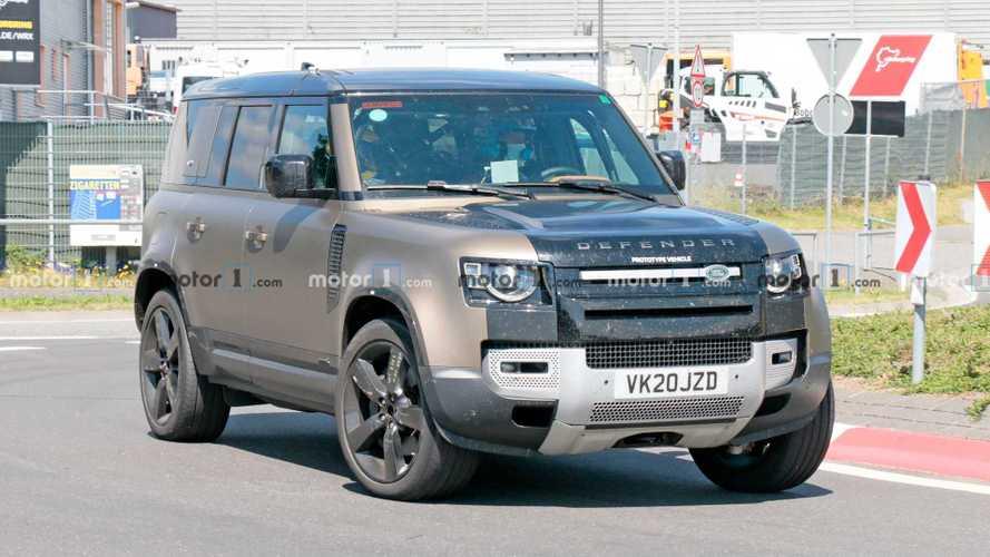 Megmutatta magát az utolsó V8-assal ellátott Land Rover Defender
