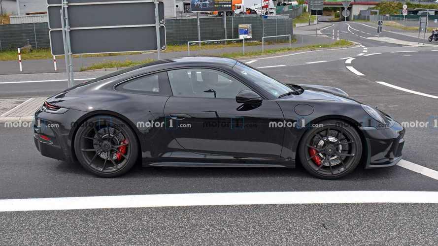 Porsche 911 GT3 Touring, son test aşamasından geçiyor