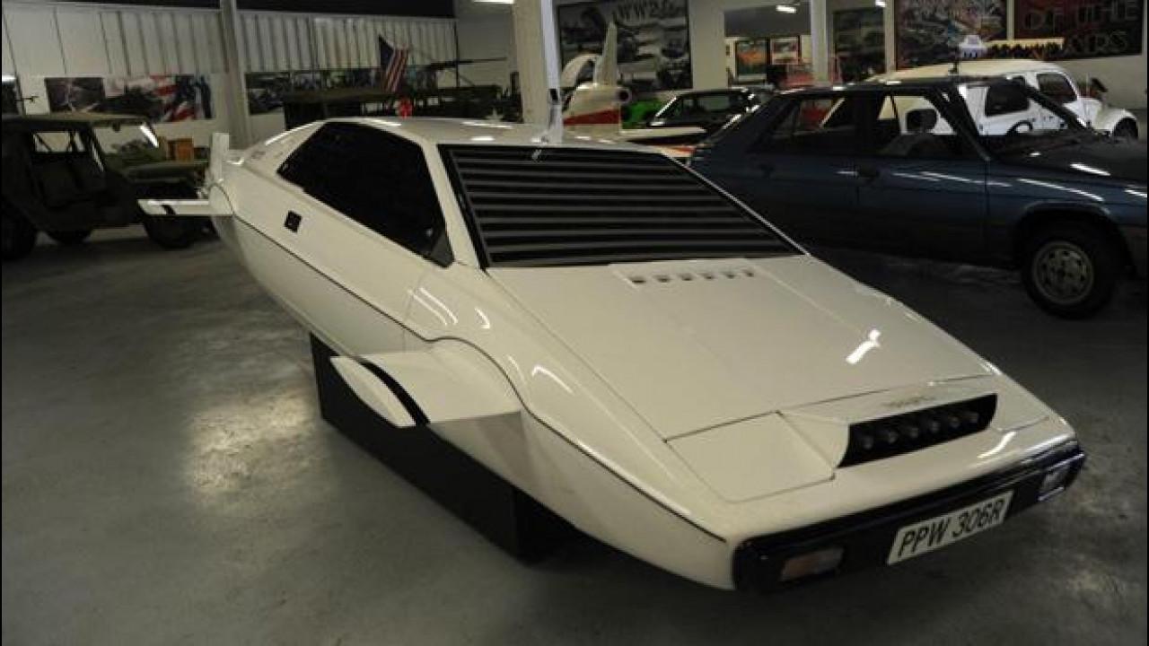 [Copertina] - L'originale Lotus Esprit S1 di 007 è in vendita