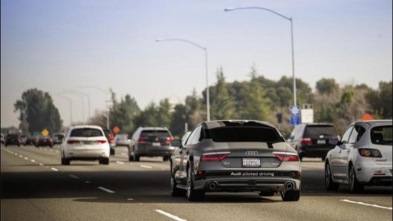 [Copertina] - CES 2015, a Las Vegas arriva l'auto che guida da sola