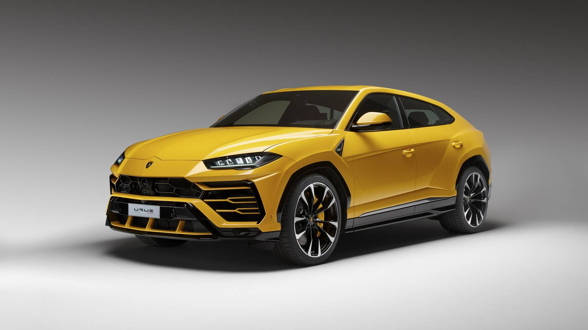 Lamborghini Urus News And Reviews Motor1 Com