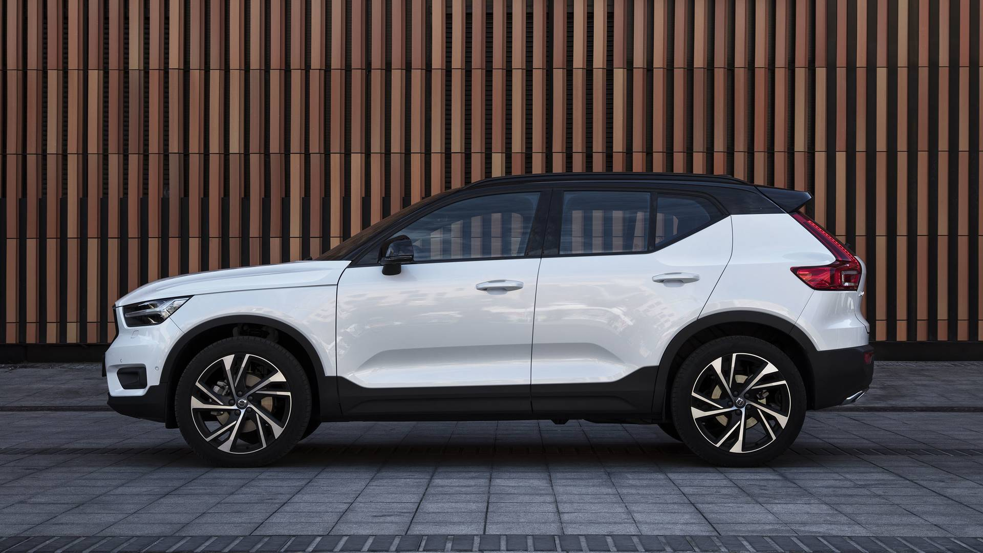 2020 Volvo XC40: News, New Options, Specs, Price >> 2019 Volvo Xc40 First Drive Affordable Luxury Done Right