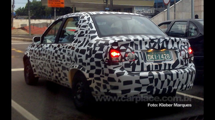 Leitor flagra Novo Chevrolet Classic 2011 brasileiro com disfarces em SP