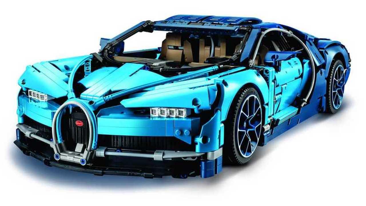 Now there's a Lego Technics Bugatti Chiron!