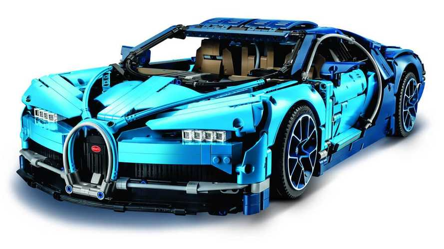 Now there's a Lego Technics Bugatti Chiron!