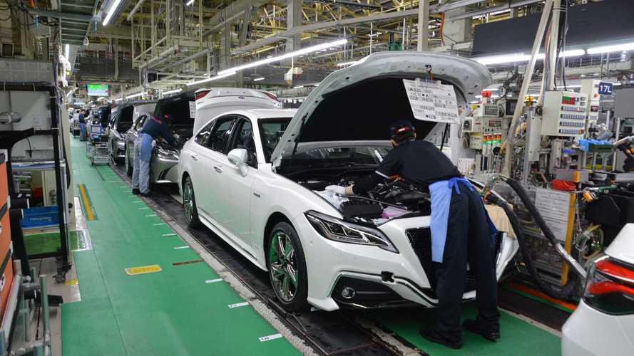 Землетрясение остановило 9 заводов Toyota