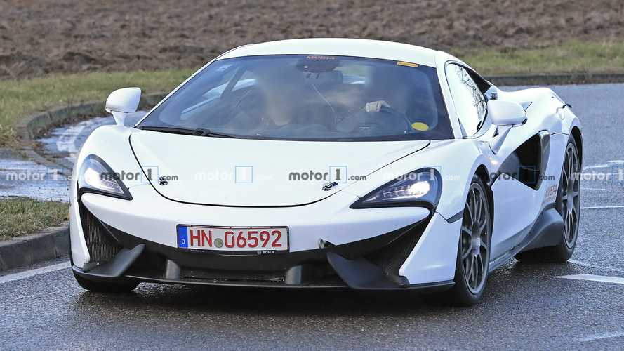 McLaren 570S replacement spied flaunting hybrid powertrain