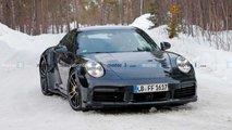 İlginç Spoiler'li Porsche 911 Turbo S'e Ait Casus Fotoğraflar