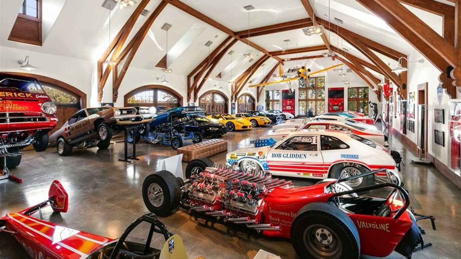 "[""$17.5M FL Mansion Features Onsite Car Museum, Race Track""]"