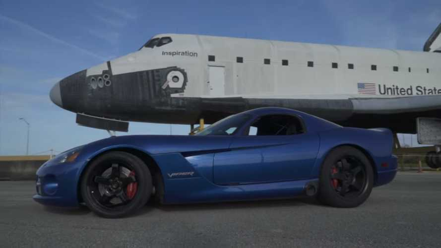 See 1,400-HP Dodge Viper Blast Beyond 250 MPH In Record Speed Run