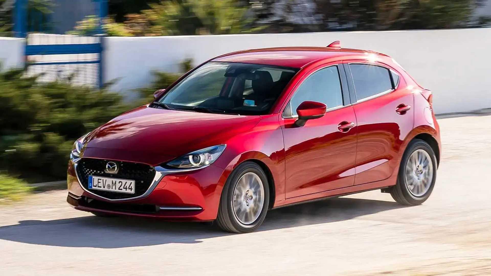 Mazda 2 Facelift (2020) | Motor1.com Bilder